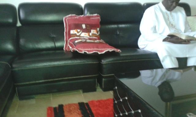 Kivumbi Eanest Benjamin wih Prophet Felix Omondi at Ps Imleda Numutebi Liberty Worship Centre (15)