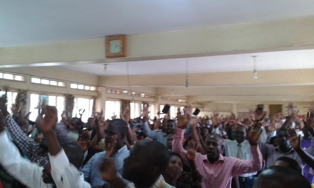Prophet Felix Omondi at City Lunch Hour Fellowship of Bishop David Kiganda with Kivumbi Earnest Benjamin (2)