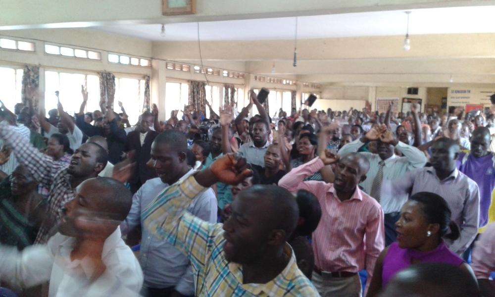 Prophet Felix Omondi at City Lunch Hour Fellowship of Bishop David Kiganda with Kivumbi Earnest Benjamin (4)