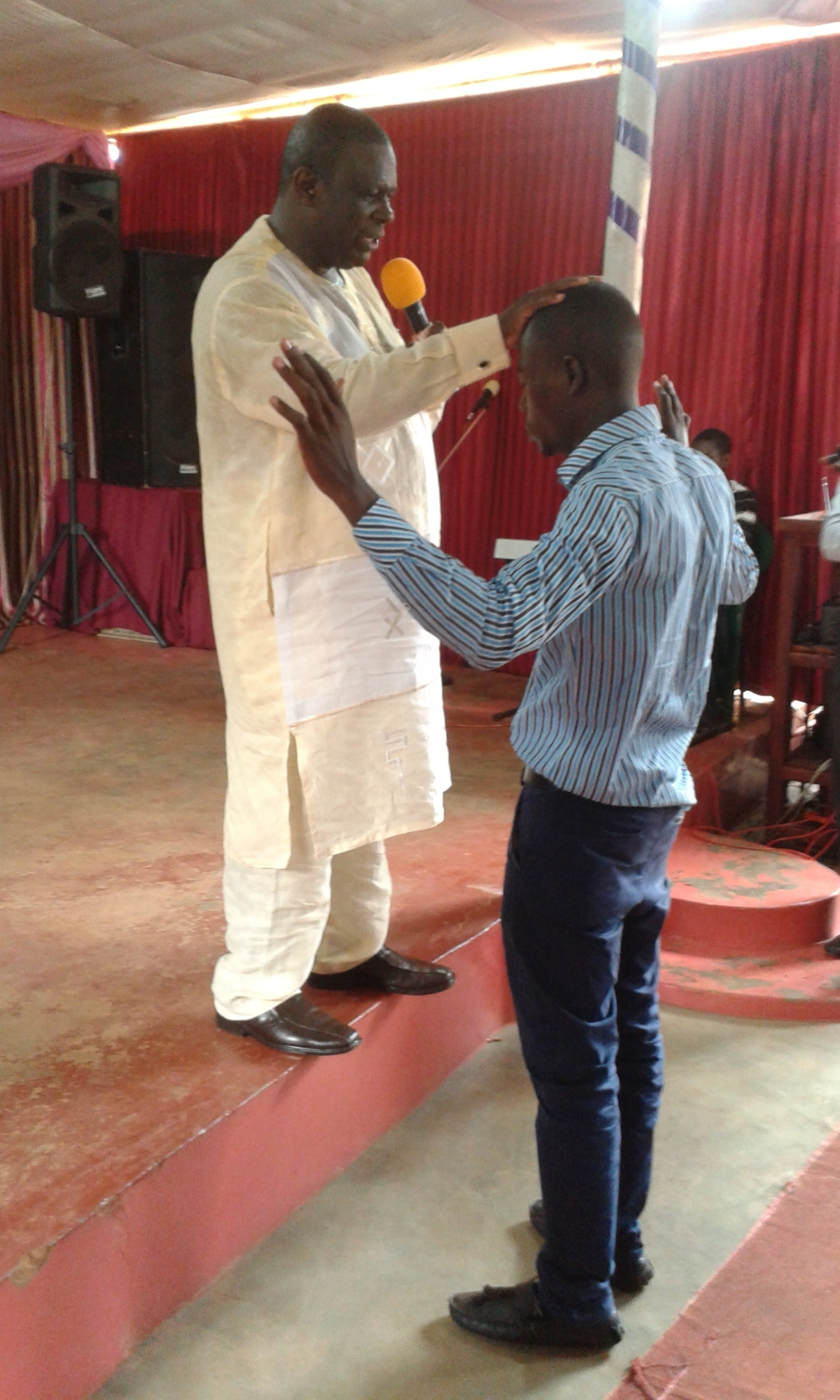 Prophet Felix Omondi, Hon Kivumbi Earnest Benjamin Ministering at Ps Rebecca Majwega14