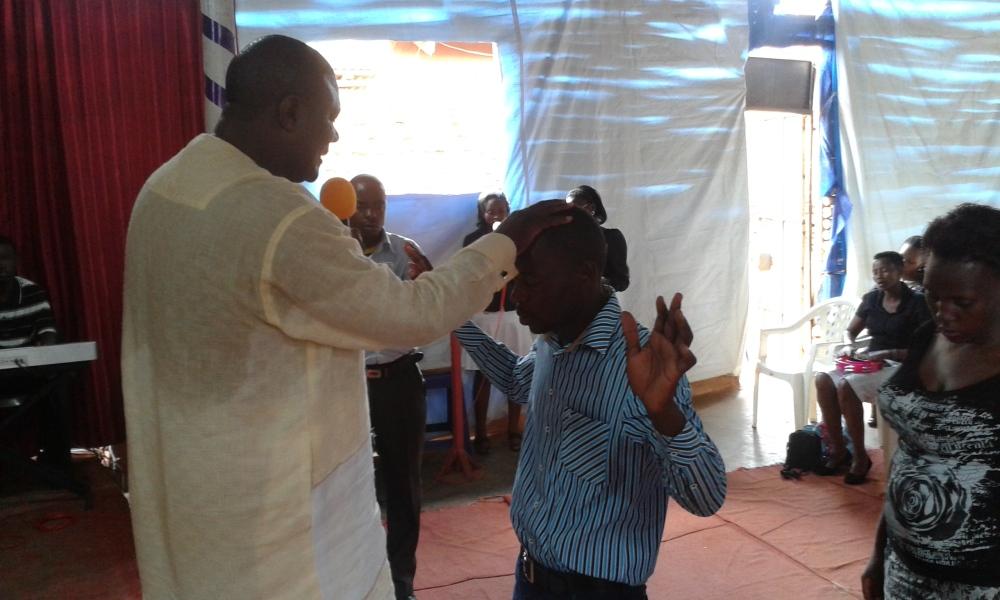 Prophet Felix Omondi, Hon Kivumbi Earnest Benjamin Ministering at Ps Rebecca Majwega15