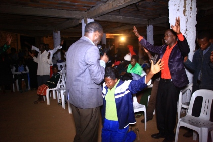 hon-kivumbi-earnest-benjamin-30th-sep-16-overnight-at-bethel-of-ps-irene-manjeri-7