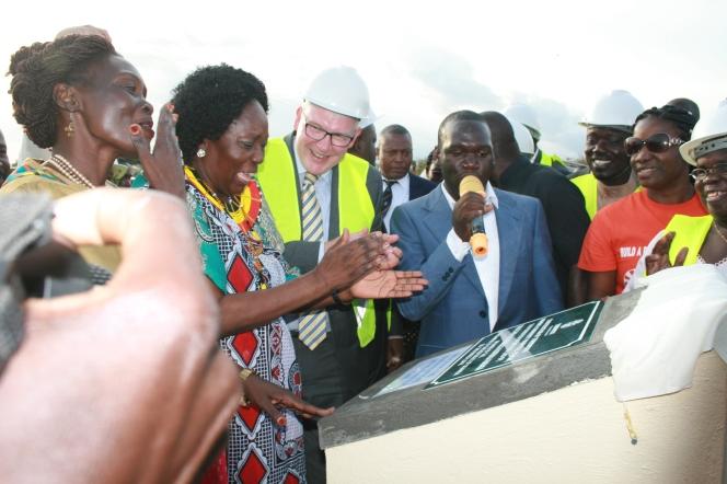 Kivumbi Earnest Benjamin MC as 2nd Fistula Hospital in Africa Starts (46)