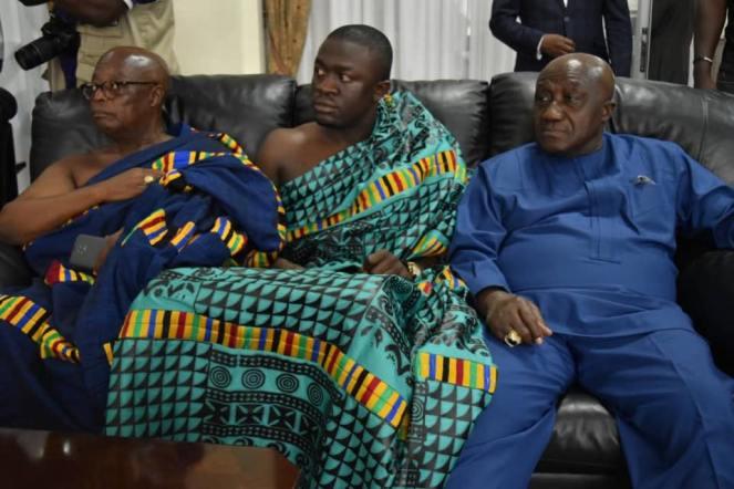 Ashanti Asantehene Otumfuo Osei Tutu II visitin Uganda (2)
