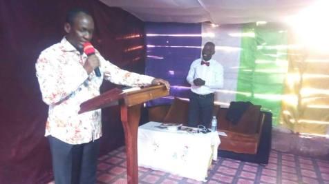 Cap Mike Mukula at Valor Church (2)